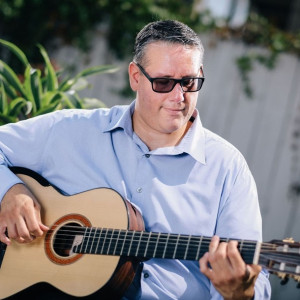 Alex Guillen - Classical Guitarist in San Diego, California
