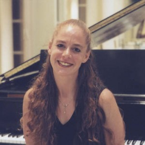 Alisa Gayle-Deutsch - Pianist / Classical Pianist in Toronto, Ontario