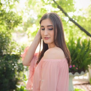 Alli Jones - Classical Singer in Merced, California