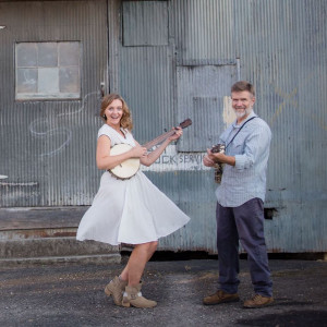 Frank & Allie Lee - Folk Band / Bluegrass Band in Bryson City, North Carolina