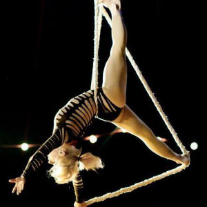 Aloft - Circus Entertainment / Acrobat in Chicago, Illinois