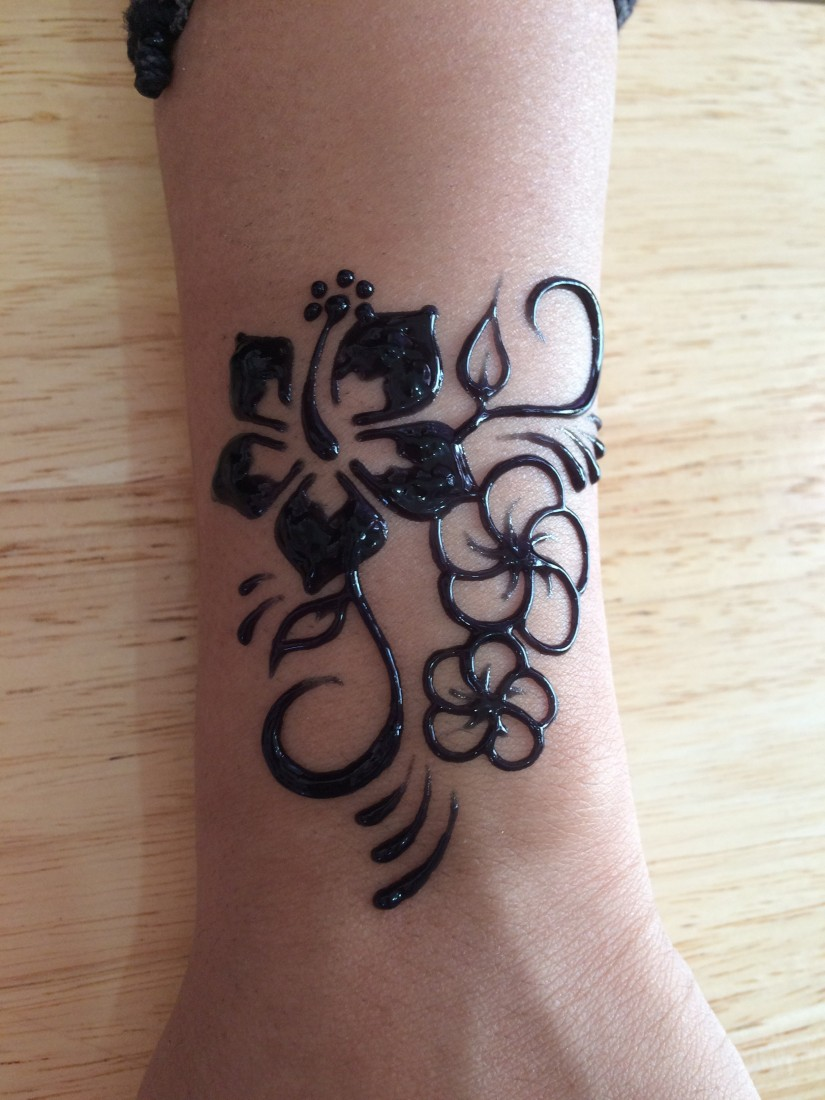 Hire Aloha Henna Tattoo Maui - Henna Tattoo Artist in Kihei, Hawaii