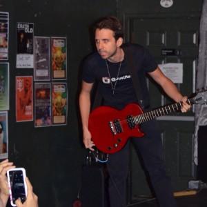 Alternative English/Spanish show - Singing Guitarist in Atlanta, Georgia