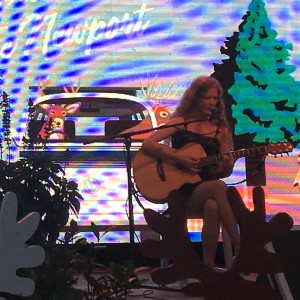 Alysha de Ruyter - Singing Guitarist / Acoustic Band in Bayview, Idaho