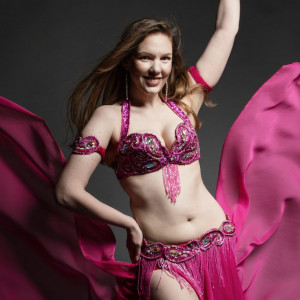 Alyssa Jakum - Belly Dancer in Bremerton, Washington