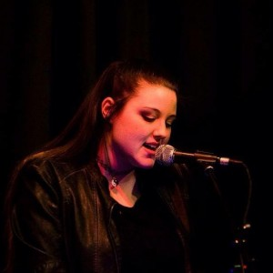 Amanda Conti - Singer/Songwriter / Singing Pianist in Morganville, New Jersey