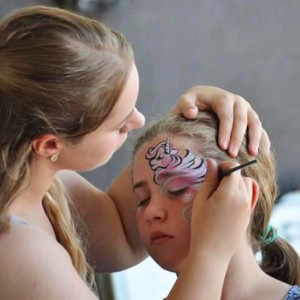 Amanda Desiree Evelyn - Face Painter / College Entertainment in Mukilteo, Washington