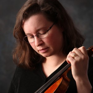 Amanda Dykhouse - Violinist in Holland, Michigan