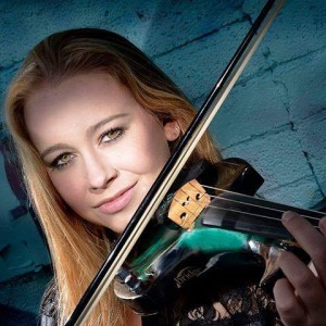 Amanda Marks - Violinist / Street Performer in Chicago, Illinois