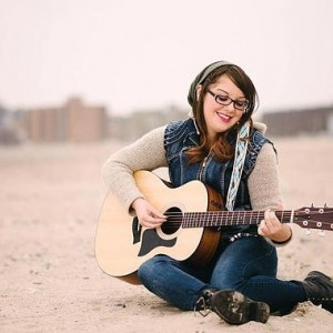 Amanda McCarthy - Singing Guitarist in Hampton, New Hampshire