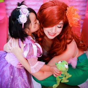 Amazing Fairytale Parties - Princess Party / Christmas Carolers in Portland, Oregon