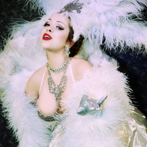 Amber Ray - Burlesque Entertainment / 1940s Era Entertainment in New York City, New York