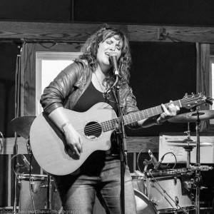 Amber Sweeney - Singer/Songwriter in Vancouver, Washington