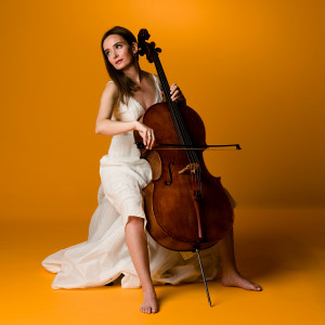 Amber Walton-Amar, cellist and string co-ordinator - Cellist in Prince Edward, Ontario