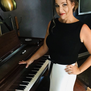 Ambient Piano by Monica - Pianist / Holiday Party Entertainment in West Lafayette, Indiana