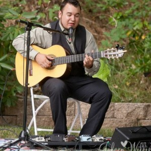 Andrew Perez - Singing Guitarist / Acoustic Band in Modesto, California