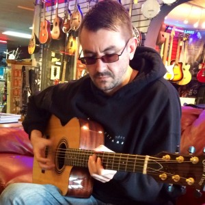 Andy Carhart - Singing Guitarist / Acoustic Band in Aurora, Colorado