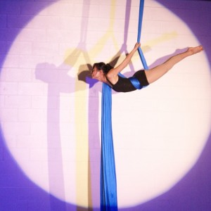 Angela Chu - Aerialist / Acrobat in San Francisco, California