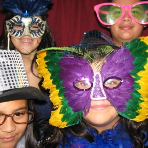 Angel's Photo Booth - Photo Booths / Prom Entertainment in Houston, Texas