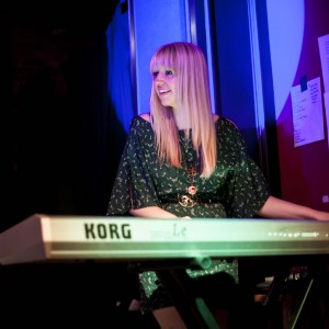 Anita Louise - Acoustic Band / Singing Pianist in Cleveland, Ohio