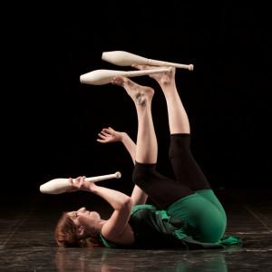 Anni Küpper - Juggler & Performer - Juggler / Street Performer in Portland, Oregon