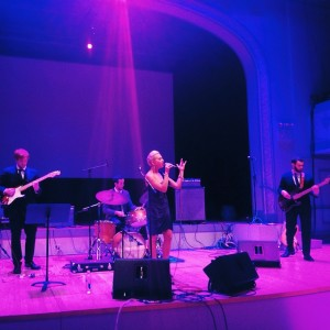 Annie Pichan - Party Band / Wedding Singer in Brooklyn, New York