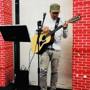 Arbi - Singing Guitarist in Miami, Florida