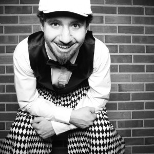 Raphael Entertainment - For All Your Circus Needs - Juggler / Mime in Chicago, Illinois