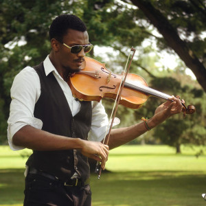 Armond Vance - Violinist / Wedding Entertainment in Fort Worth, Texas