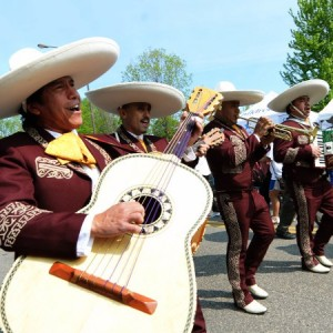 Arriba Jalisco Mariachi Band - Mariachi Band / Wedding Musicians in Minneapolis, Minnesota