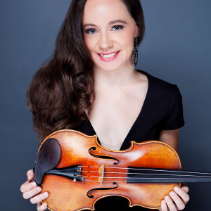 Ashley Rewolinski - Violinist in Milwaukee, Wisconsin