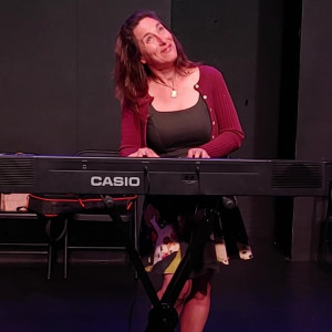 Ask Leonora - A Musical Impro-Advice Show - Musical Comedy Act / Singing Pianist in Oakland, California