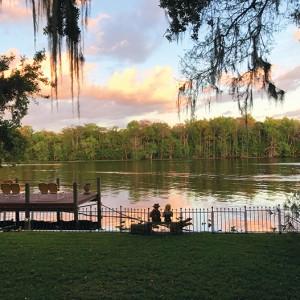 Astor Floridian Inn - Venue / Wedding Planner in Ormond Beach, Florida