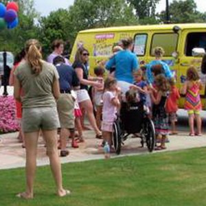 Atlanta Ice Cream Truck - Candy & Dessert Buffet / Caterer in Atlanta, Georgia
