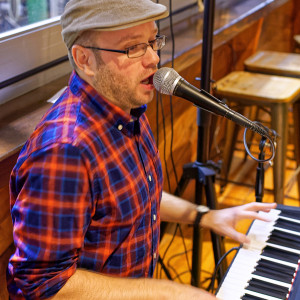 Austin Klipp - Pianist / Holiday Party Entertainment in Charlestown, Massachusetts