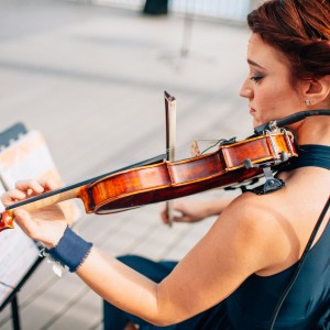 Autumn Brand Violinist - Violinist / Wedding Musicians in Raleigh, North Carolina