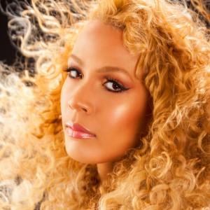 Av!va - Soul Singer in Los Angeles, California
