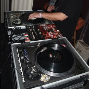 Baadluc ENT. - Mobile DJ in Denver, Colorado