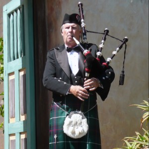 Pipe Major Bill Boetticher - Bagpiper in Ventura, California