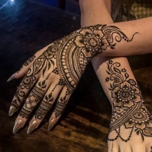Beautiful Bodies by Amy - Henna Tattoo Artist in Golden, Colorado