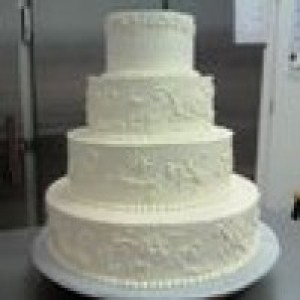 Becky's Cakes - Wedding Cake Designer / Cake Decorator in Hebron, Indiana