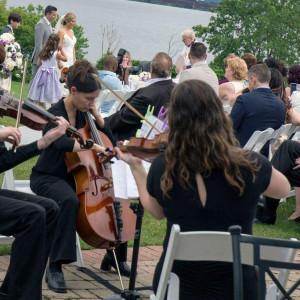 Bel Canto Strings - Violinist / Wedding Musicians in Hamilton, Ontario