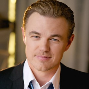 The Best Leonardo DiCaprio Look-alike Impersonator