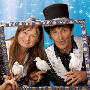 Benny & Bebe's Magic Circus - Children's Party Magician in San Rafael, California