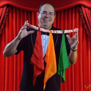 Birthday Magic and Puppets - Children's Party Magician / Halloween Party Entertainment in Sacramento, California