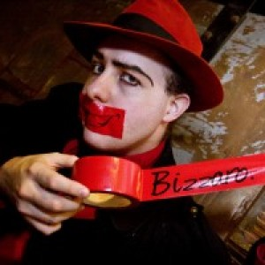 Bizzaro, The Optical Illusionist - Magician / Cabaret Entertainment in Las Vegas, Nevada