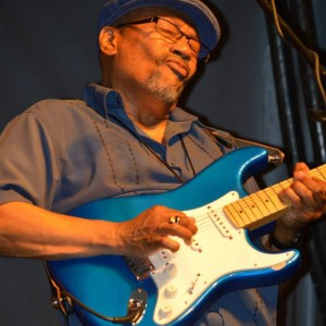 Blue Jay - Blues Band / Singer/Songwriter in Bellwood, Illinois