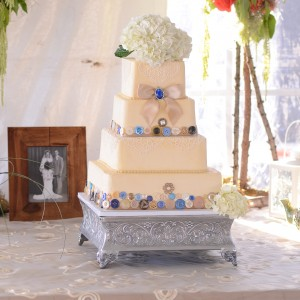 Bread Art - Cake Decorator / Wedding Cake Designer in Stillwater, Minnesota
