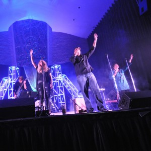 Crosswalk - Experience Worship - Christian Band / Wedding Singer in Miami, Florida