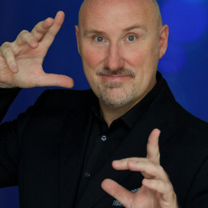 Brent Gregory Magician - Children's Party Magician / Corporate Magician in Fort Lauderdale, Florida
